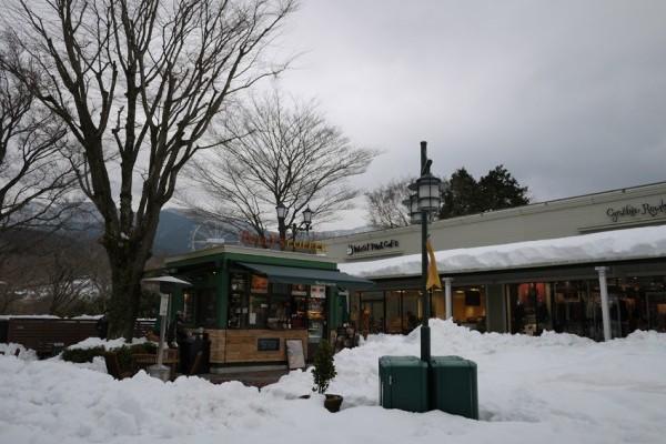 雪の御殿場プレミアムアウトレットに行ってきました