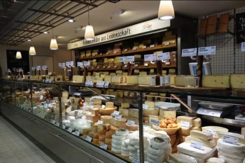 チーズ専門コーナー