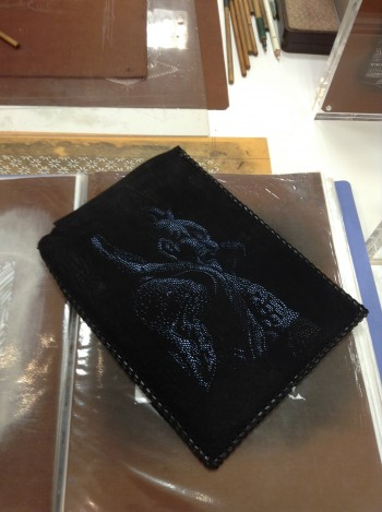 友禅型紙彫刻 iPadカバー