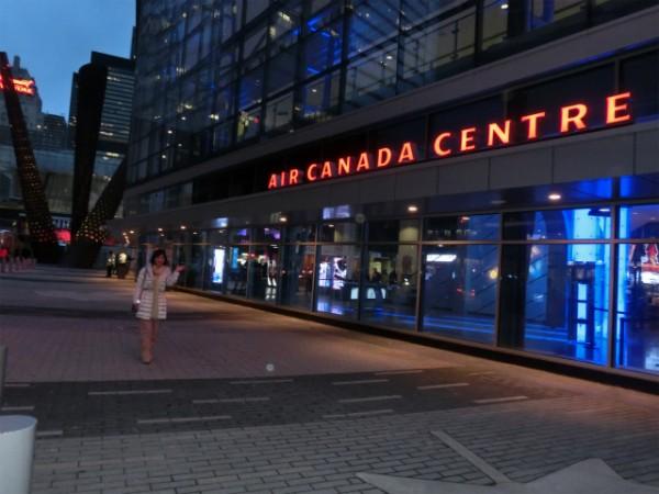 エアカナダ・センター 外観