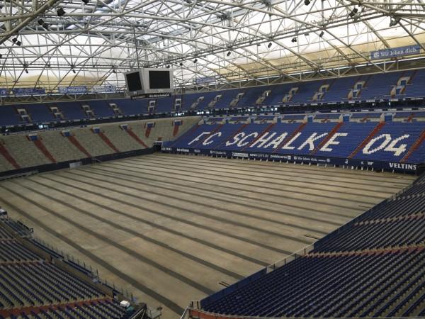 ドイツ シャルケのホームスタジアム内部