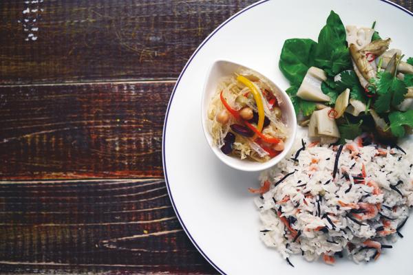 乳酸菌を育てるレシピ⑨/海藻と根菜たっぷり!食べごたえ十分のライスプレート