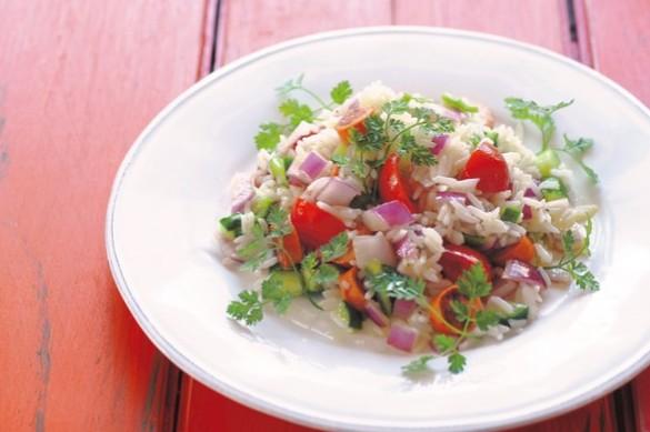 簡単おいしい「抗糖化メニュー」:具だくさんご飯①インディカ米のチョリソーサラダ