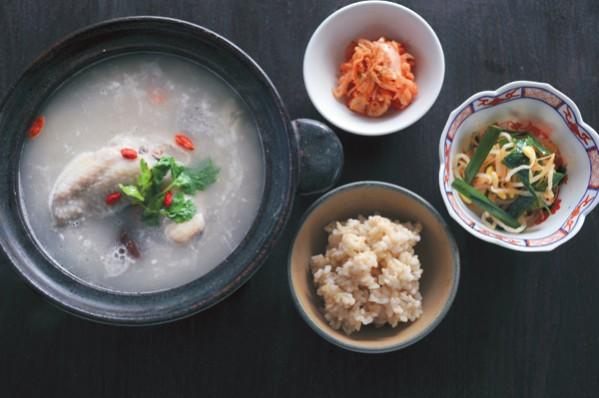 発酵パワー1週間:月曜夕食 酒粕入り参鶏湯をメインに