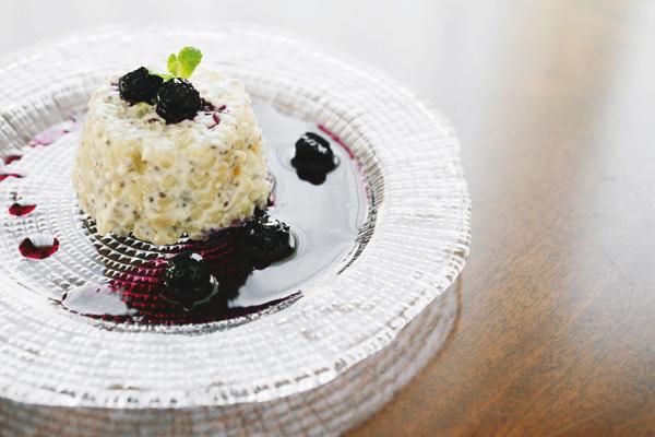 山田玲子さん直伝/ヨーグルトをもっと食べるレシピ③チアシードともち麦のヨーグルトプディング