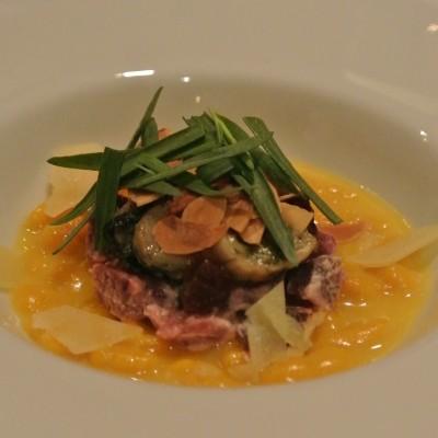 カボチャのスパッツェレ 牛のハラミと牡蠣のタルタル仕立て