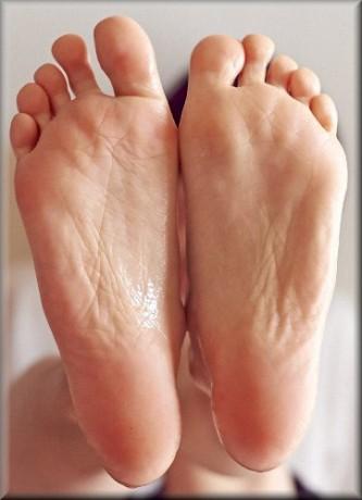 使用後の足