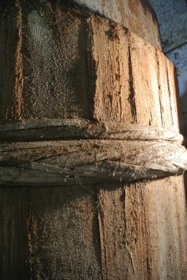 醤油蔵の木桶
