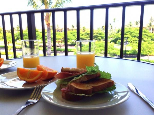 ハワイ朝食