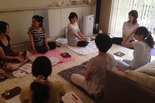 セミナー「マミ・レヴィさんに習うリフレクソロジー」が開催されました!