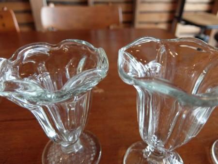 パフェグラス縁がフリフリ
