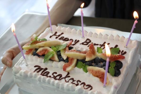 モデル 雅子さん誕生日ケーキ