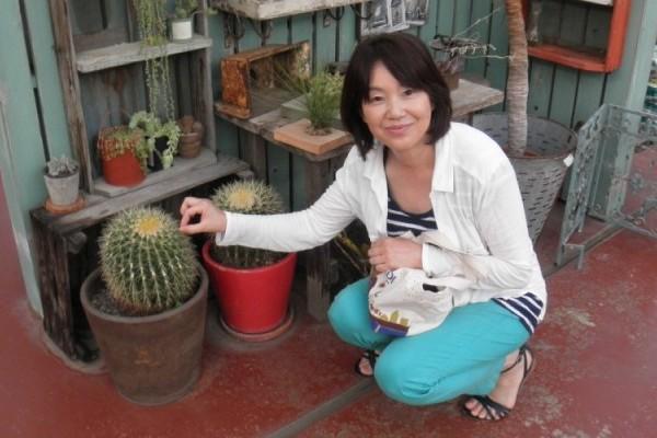 大人気! サボテン寄せ植え教室へ。コロンとカワイイ夏のインテリアに!