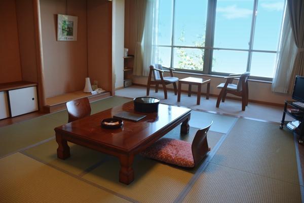 延暦寺会館 湖側客室