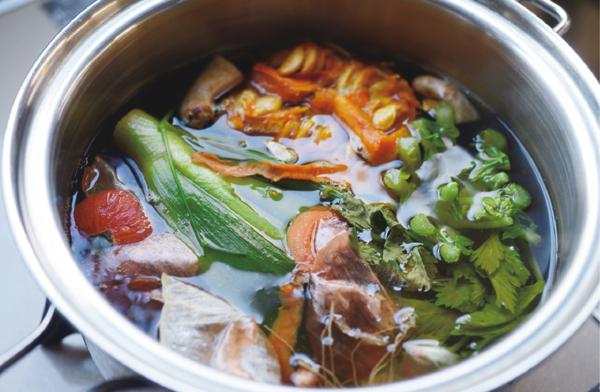 ベジブロス、50℃洗いほか、タカコ ナカムラさんが提案する「賢い調理法」とは?②