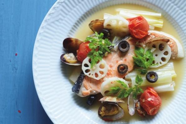 ファイトケミカルたっぷりのスープ&煮込み料理⑦【サーモンのアクアパッツア】