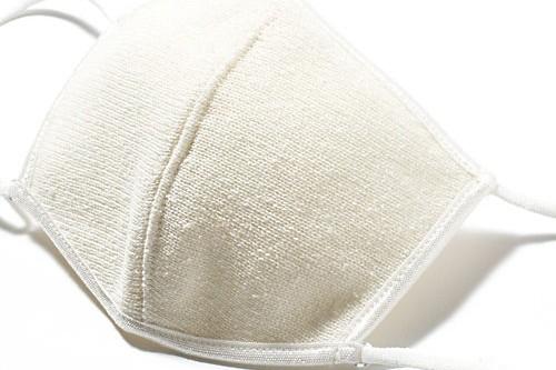 花粉症の人にぜひ知って欲しいシルクのマスクがあります!