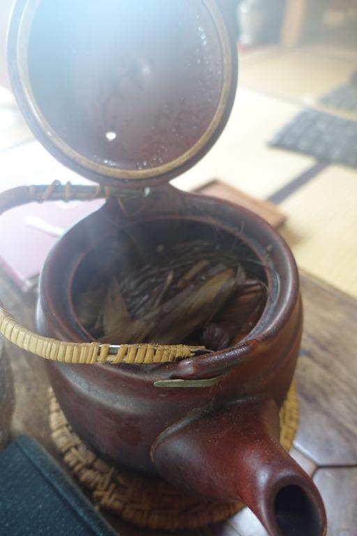 石井 沖縄 8 お茶