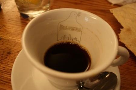 オープン1年。相変わらずヒマなカフェを閉じてNYへ逃避行!?