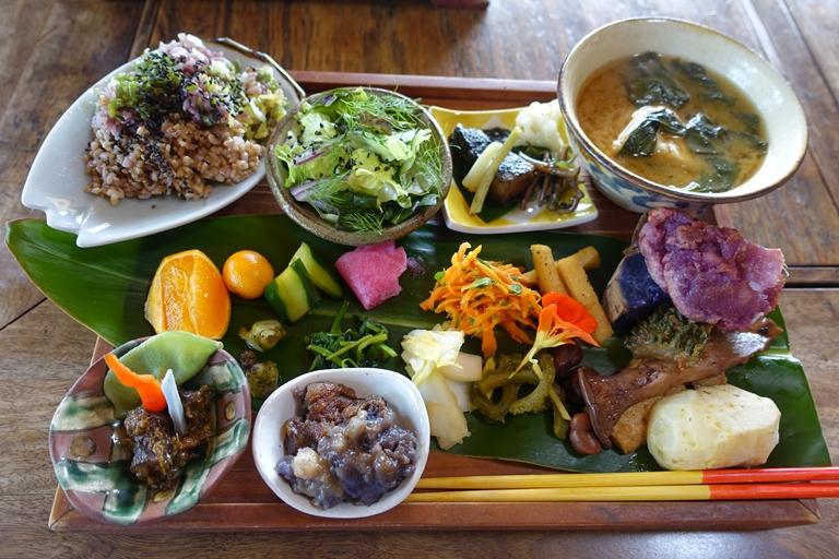 石井 沖縄 7 料理