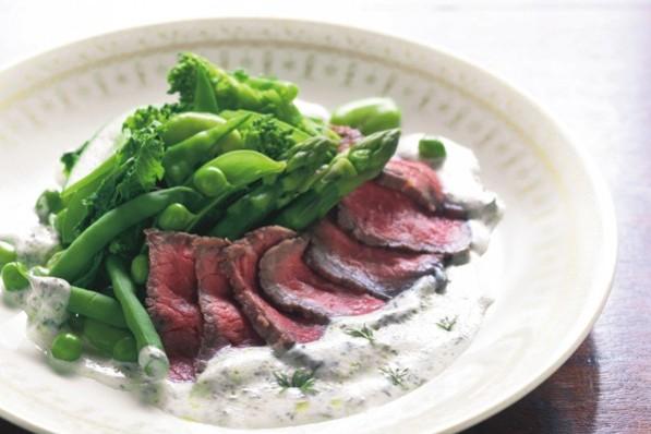 食卓に積極的に取り入れたい「赤身肉レシピ」【牛肉のアップルビネガー漬けボイル】