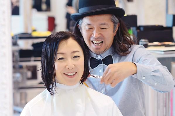 3Dカットで変わる!①東ちづるさんが『POOL』で髪を切る!