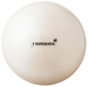 独自開発のボールを使用。大きさや素材、柔らかさの異なるボールはボディ用4種とフェイス用1種。体の部位や目的に合わせて選択