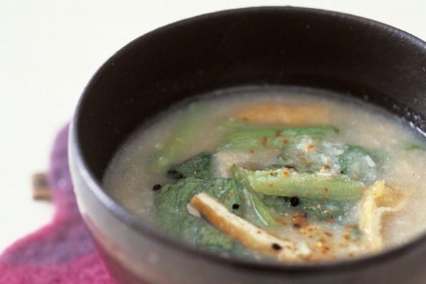 腸にやさしい繊維食⑤お揚げと小松菜のおから汁