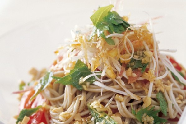 主食で繊維をたっぷりと③トマトの香味そば