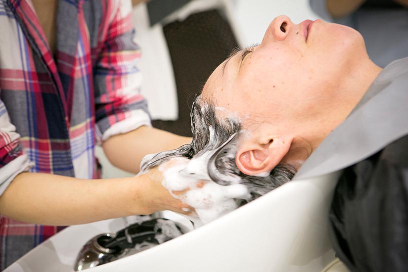 髪が元気になるシャンプーの方法 「甦れ、私のツヤ髪! 〜自宅でできるヘッド・スパ教室〜」開催報告②
