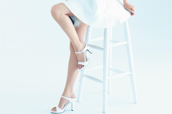 美賢人の「脚&足」対策⑤人気パーツモデル・金子エミさんの女優脚の秘密