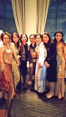 朝倉さん 女性たち