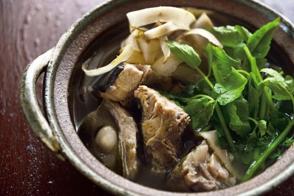 定番シンプル鍋を、温め食材でパワーアップ④ブリとごぼうのあら汁風