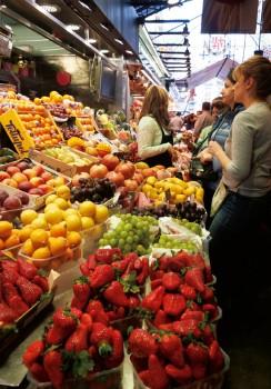 癒しのバルセロナ ボケリア市場