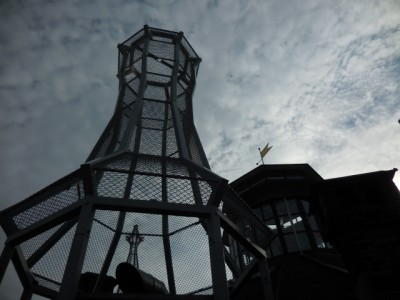 井原さん 網の塔