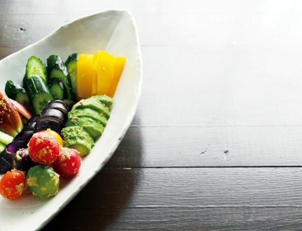 定番のきゅうり、なすのほか、アボカド、トマト、パプリカなど。意外に何でもおいしくできます。サラダ感覚で楽しんで!