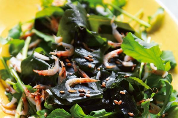 沼津りえさんの「ごちそう美腸サラダ」/高い抗酸化作用に期待! フラックスシード(亜麻仁)入りサラダ