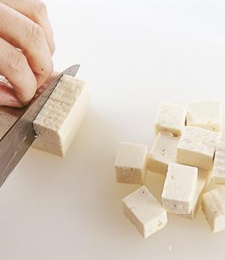 豆腐の切り方 角切り