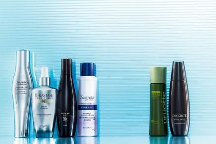 髪と頭皮のために今すべきこと10/<その4>頭皮エッセンスが、やせ髪、白髪の加速を防ぐ!②