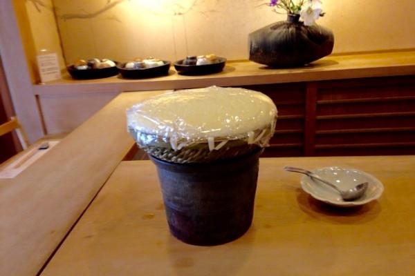 お殿様のお豆腐と、ギャラリーで器選びの唐津の旅