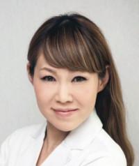 52歳 美容皮膚科・漢方皮膚科・漢方内科  ラッフルズメディカル大阪クリニック