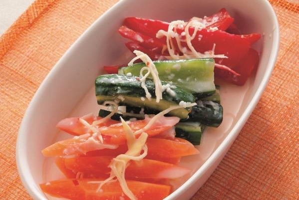第3章 ミラクル免疫力をつけて、老けない食べ方/レシピ10:ヨーグルトとはちみつで作る水キムチ