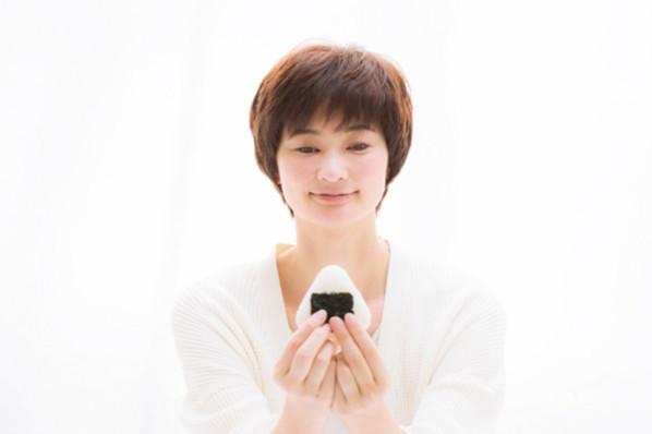 「マインドフルネス」でストレス反応を引き起こす思考パターンをリセット!⑤食べる瞑想