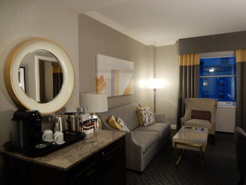 客室は、モダンながら落ち着きのあるデザイン。