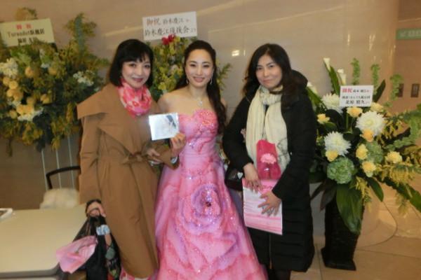 オペラ歌手の鈴木慶江さんの「ミモザの日」リサイタル