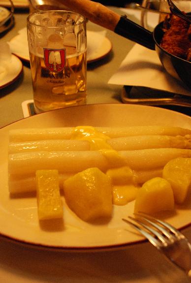 ホワイトアスパラ皿