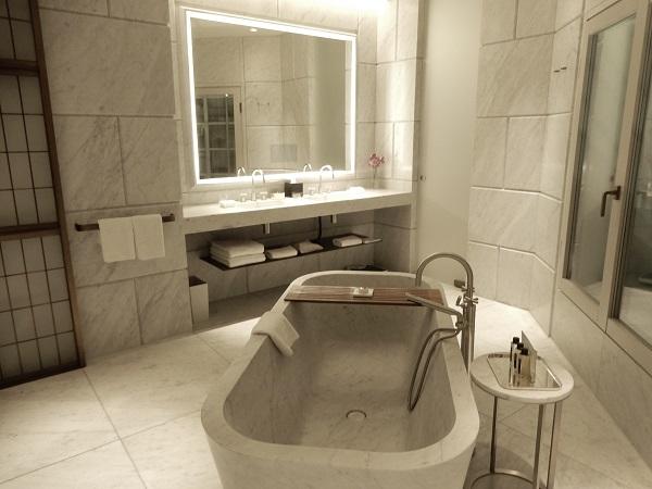 小野ロンドンバスルーム