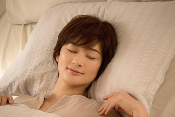 更年期世代の睡眠トラブル解消①「眠り」がもたらす若返り効果とは?