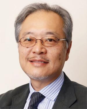 更年期世代の睡眠 内田先生顔写真