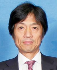 1960年生まれ。'85年、東京大学医学部卒業、同大学眼科学教室に入局。東京大学医学部助教授を経て、現在は筑波大学医学医療系眼科教授。医学博士。白内障、角膜疾患、網膜硝子体など、眼疾患全般の診療を行っている
